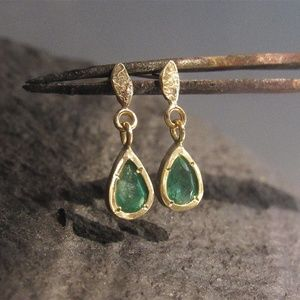 14K yellow gold earrings with Green Emerald.Unique